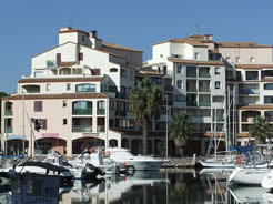 Marina accommodation with sea views at Canet near Perpignan 2017
